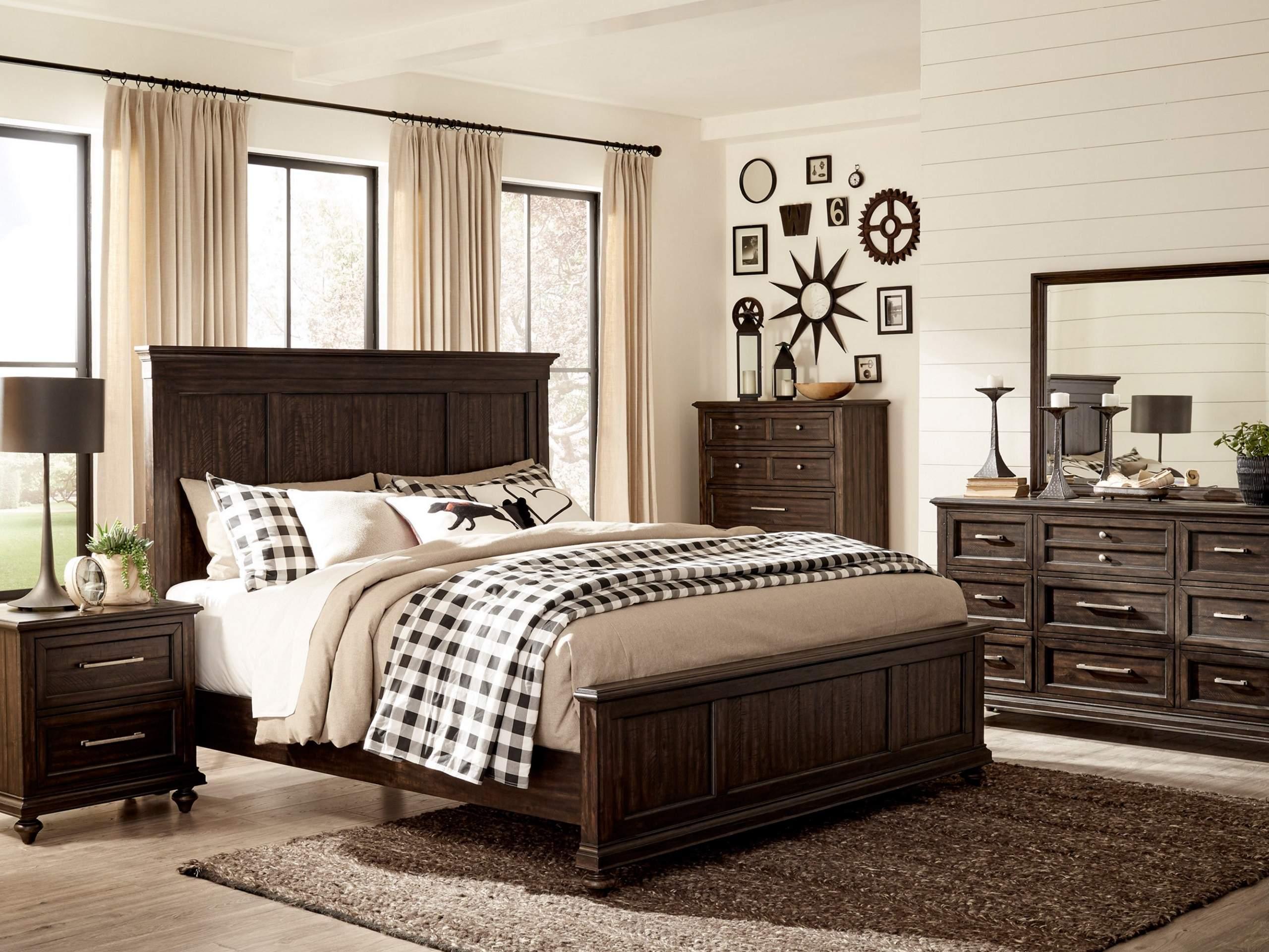HAYWARD Bed Set