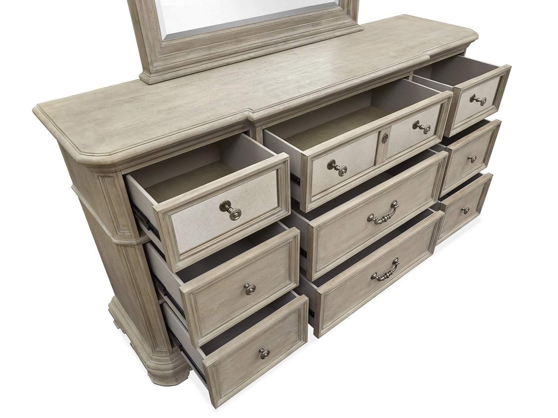 COLBY Dresser